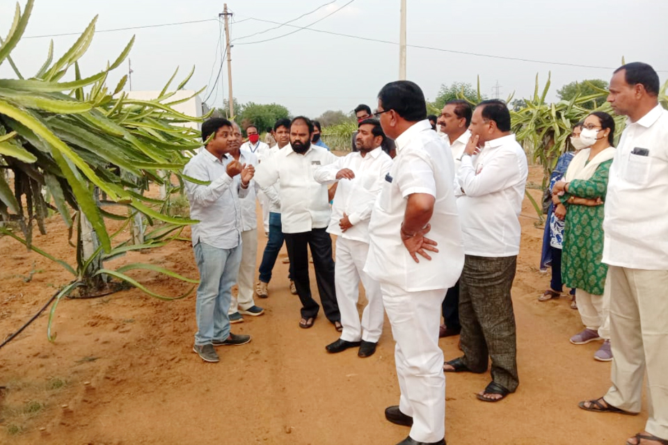 Visit by Minister of agriculture shri Niranjan reddy, Minister for power shri Jagdeshwar reddy